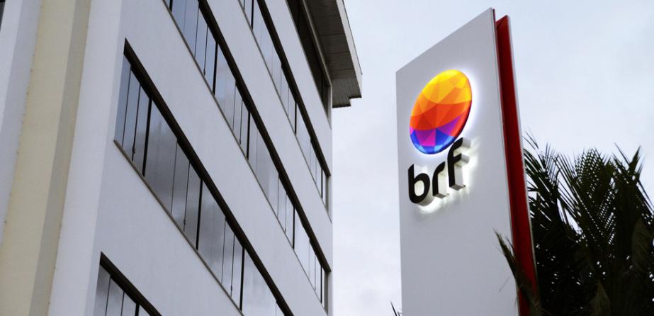 Brasil Foods (BRFS3) reporta lucro líquido de R$902 mi no 4º tri, alta de 30%