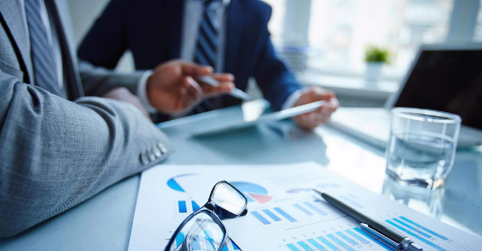 Com menos incentivo a acionistas e impostos menores, empresas podem reinvestir melhor