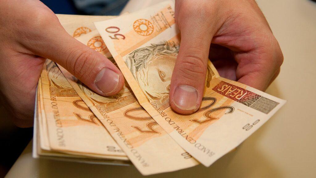 Dinheiro - Real