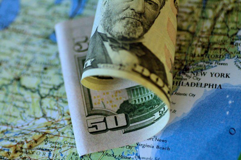 Mercado está de olho na variação do câmbio: Dólar a R$6 em 2021, será?